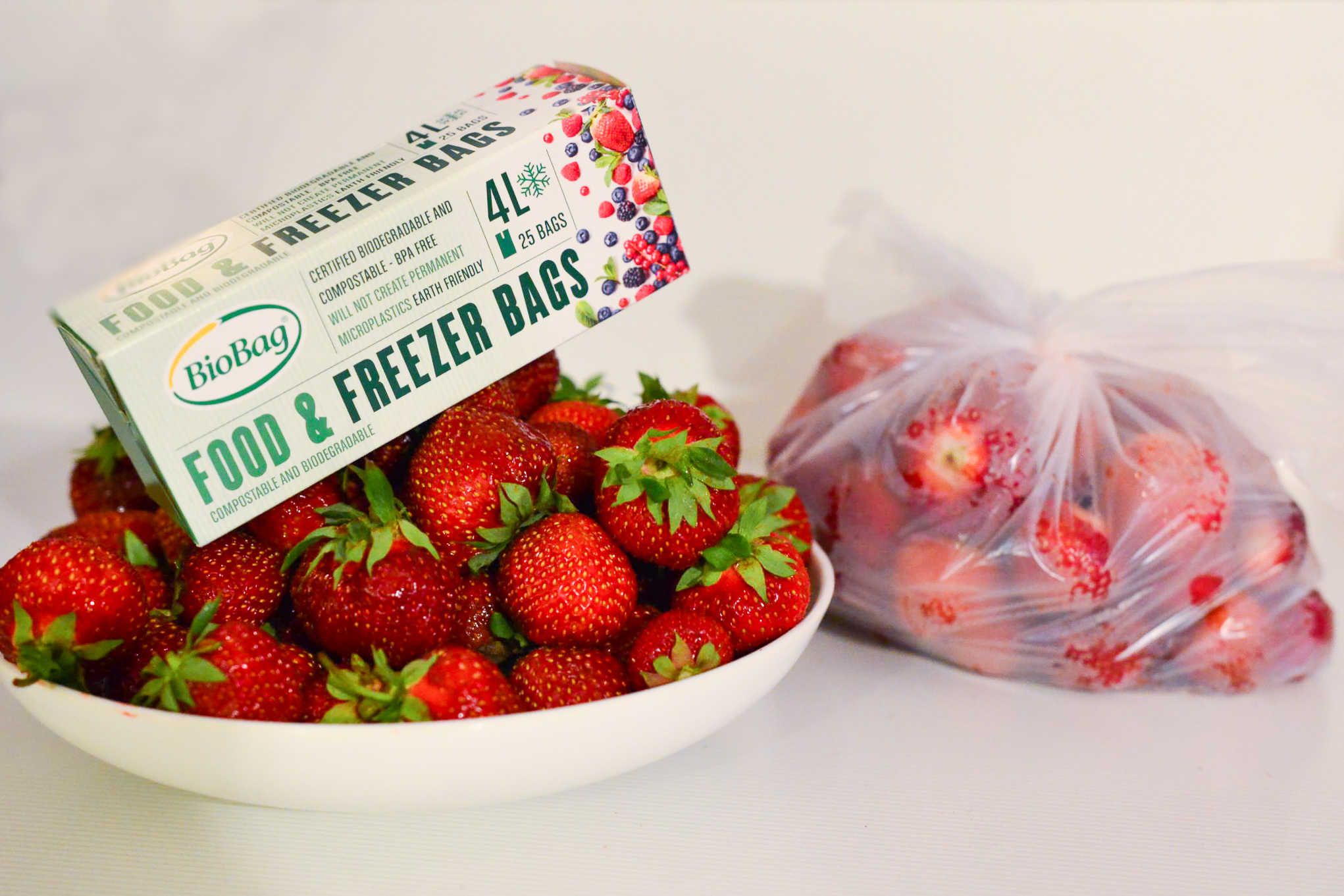 Compostable & Biodegradabl Food Freezer Strawberries